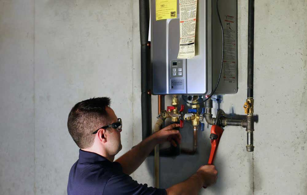 How To Find A Plumber Who Offers Residential Water Heater Service When You Are In Need Of Repair
